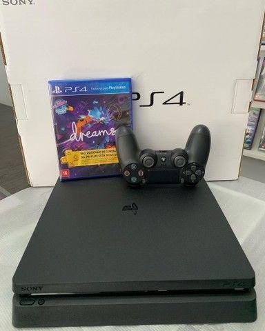 Playstation 4 1terabyte ( Estado de zero) - com 1 jogo, PSN Plus + Garantia.