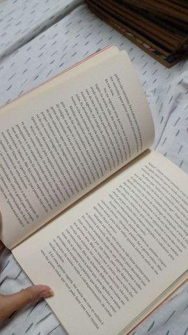 Livro da Kéfera Buchmann - Foto 3