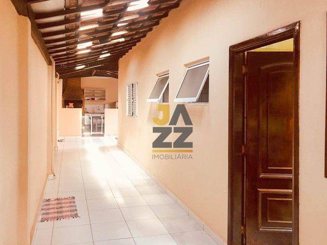 Casa com 3 dormitórios à venda, 216 m² por R$ 425.000,00 - Vila Nipônica - Bauru/SP