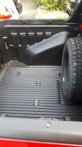 Fiat Strada Cabine Dupla, 3 portas, pouco rodada - Foto 8