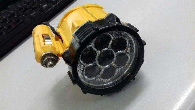 Lanterna Para Veículos Com Base Magnética Com 7 Leds - Foto 5