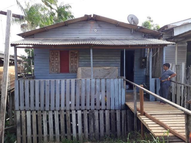 Alugo casa em madeira no bairro Novo Buritizal
