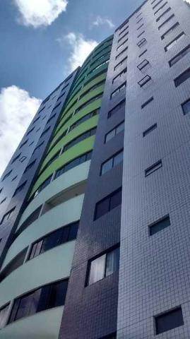 Apartamento em Candelária com 103 m2 - Green Towers