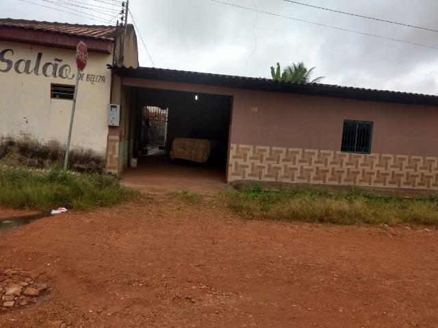 Vendo casa no bairro Flodoaldo Pontes Pinto- Próximo da Av. Guaporé
