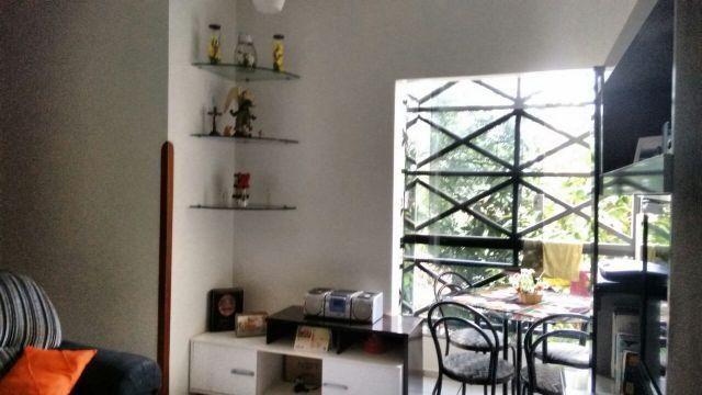 Apartamento no Condomínio Vila Romana