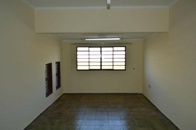 Casa em batatais,3 dormitorios,1 suite, piscina, sauna e varanda gourmet, região central - Foto 14