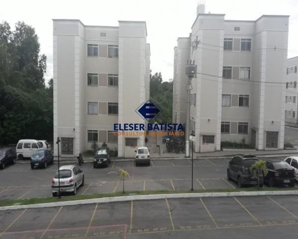 Apartamento à venda com 2 dormitórios em Parque valence, Serra cod:AP00161