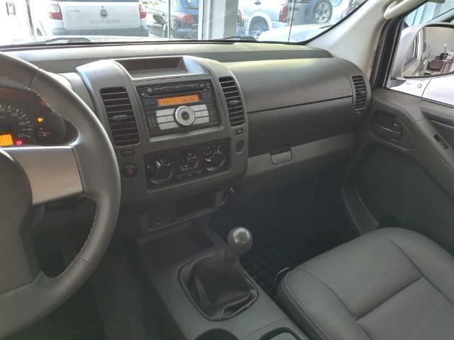 Nissan Frontier 2.5 XE 4x2 Diesel 2013 - Foto 9