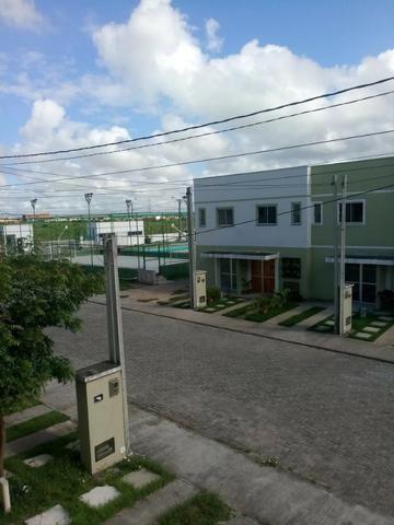 Casa duplex em condomínio fechado na zona norte perto da BR 304