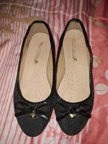 Linda sapatilha bem conservada usada poucas vezes