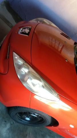 Peugeot 207 XR 1.4 8V 2013 VERMELHO - Foto 2