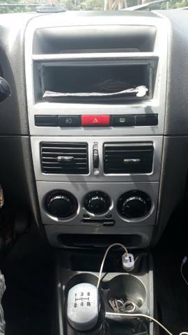 Fiat Pálio Weekend 1.8/8V com kit gás - Foto 10