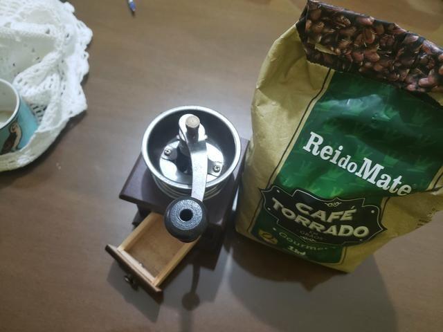Moedor de café + café gourmet torrado em grãos - Foto 2