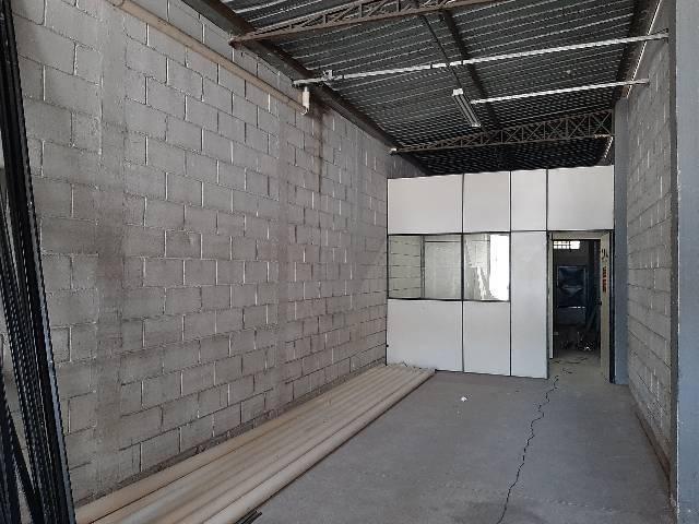 Galpão lndustrial  Condominio Eldorado locação. SJC.  - Foto 3