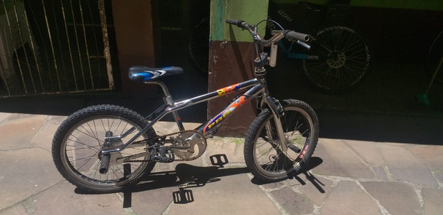 Bicicleta Pro X Cromada aro 20 usada