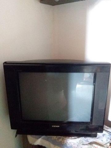 Vende se um TV sempr face