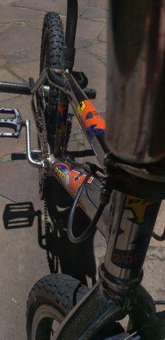 Bicicleta Pro X Cromada aro 20 usada - Foto 3