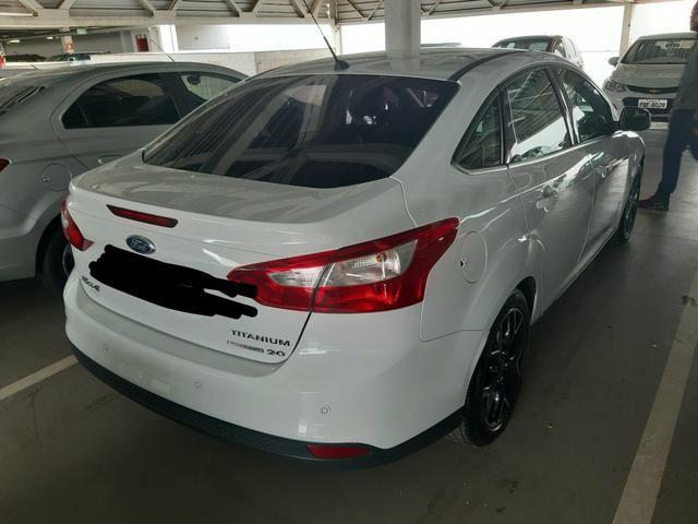 Vendo ou troco Ford Focus Sedan Titanium Automatizado 2.0 2015 77.200 km R$49.900,00 - Foto 6