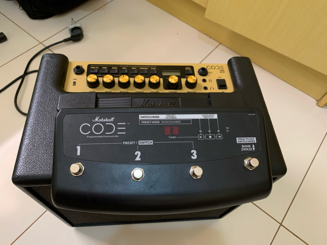 Cubo Marshall code 25 com footswitch - Foto 6