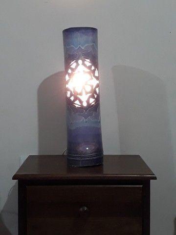 Luminária em bambu com formato em mandala - Foto 2