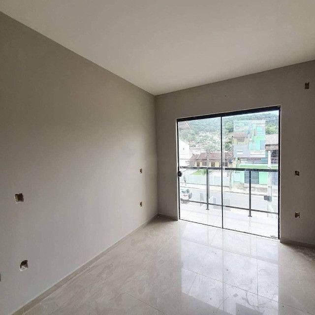 (TH943) Excelente Duplex com ótima localização em Forquilhas - São José  - Foto 2