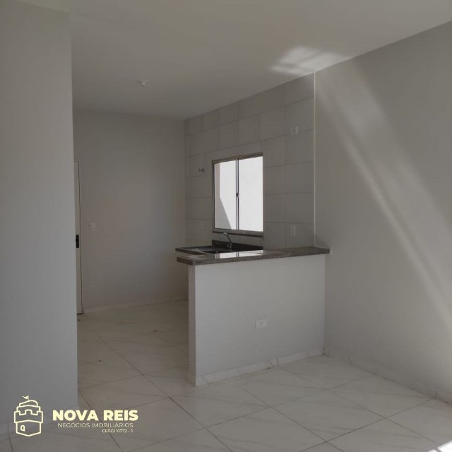 Condomínio somente com 3 casas, oferecendo muito mais espaço de terreno - Foto 4