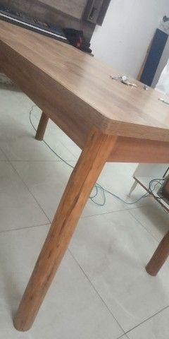 Mesa de Mdf com pés de madeira maçiça de Eucalipto - Foto 5