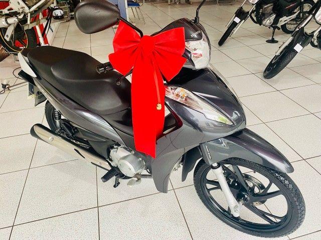 Honda Biz 125 com 1.910 km