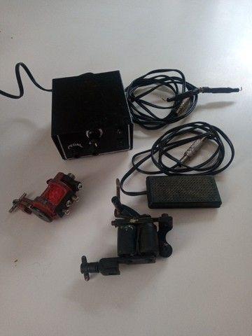 Maquinas tattoo + fonte com pedal e cabos - Foto 2