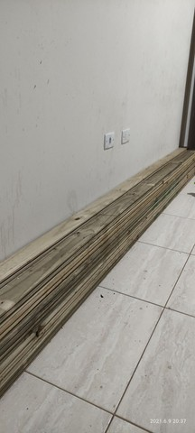 Assoalho de pinus tratado - Foto 2