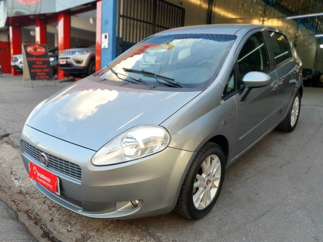 Fiat Punto Essence 1.6 2011 - Foto 3