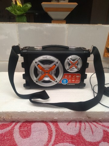 Som mondial portátil bateria recarregavel - Foto 5