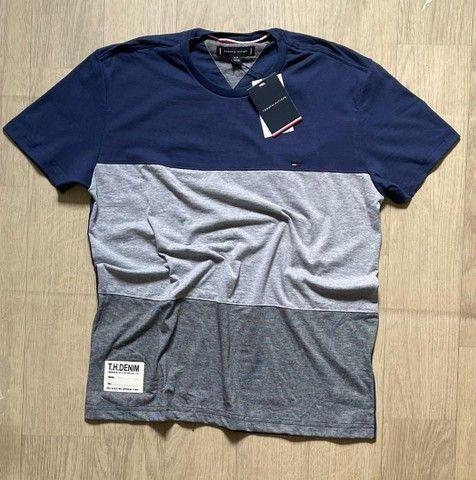 Grande variedade de roupa - camisas  - Foto 2