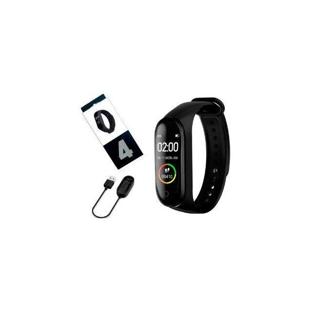 Relógio Pulseira Inteligente Monitora Pressão E Passos M4