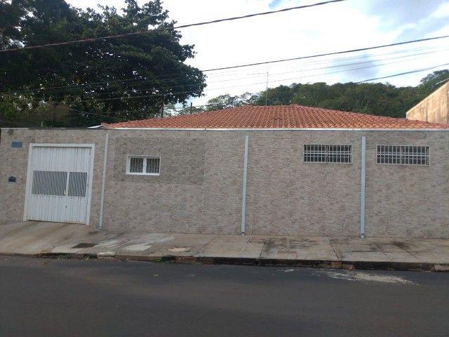 Aluga-se Casa no Jardim Paulistano