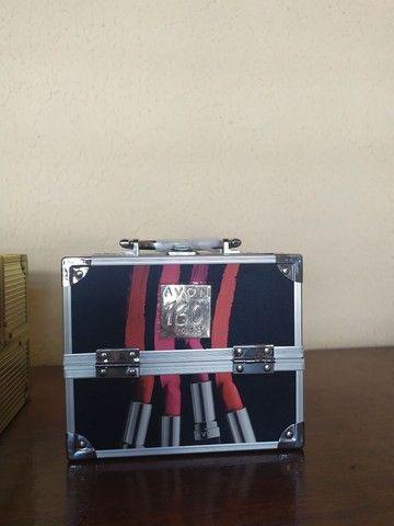 Mini maleta de maquiagem Avon - Foto 3