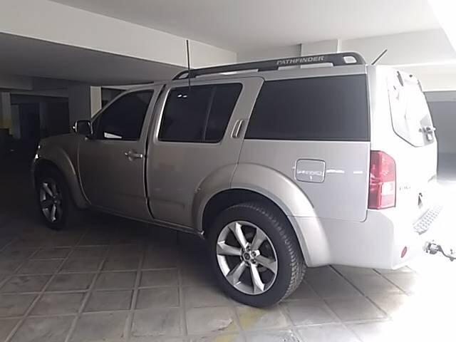 Attractive Pathfinder Nissan 2008
