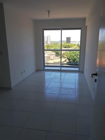 Apartamento 2/4 sendo 1 suíte em Ponta negra