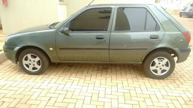 Fiesta GL 1.0 8v Zetec Rocam Comp. menos DH