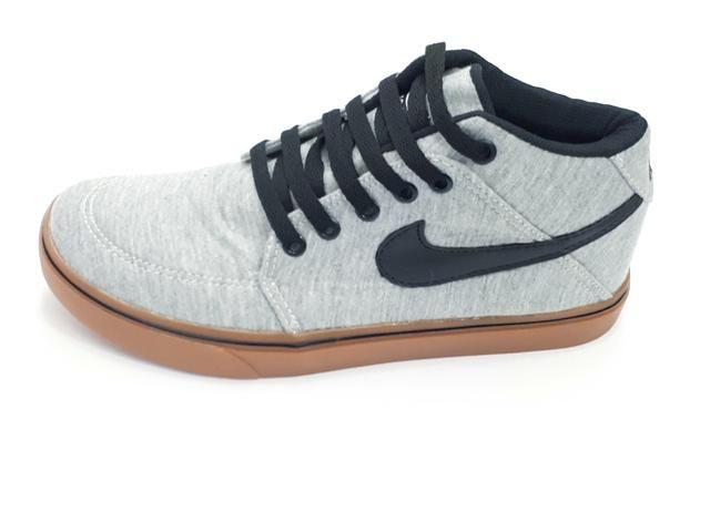 cdca9b483f1 Tênis Nike botinha - Roupas e calçados - Jardim Nova Michigan
