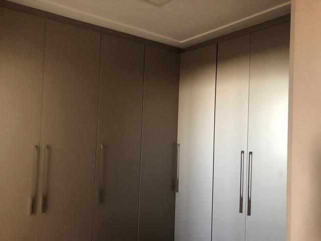 Apartamento Premiato Mobiliado Andar alto 3 vagas com deposito - Foto 2