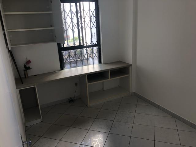 Apartamento 2/4 com dependência, reversível 3/4, localizado - Foto 6