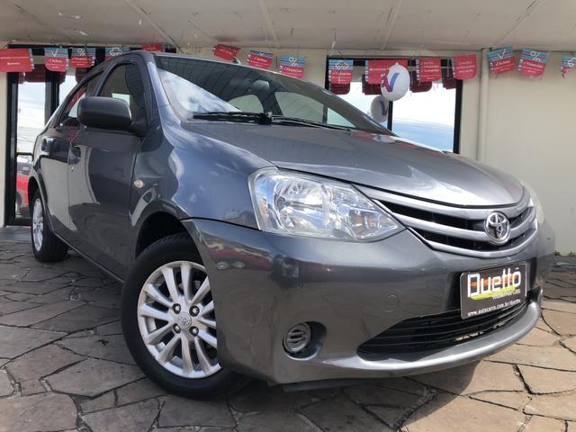Toyota Etios X 1.5 Sedan 2013 - Foto 9