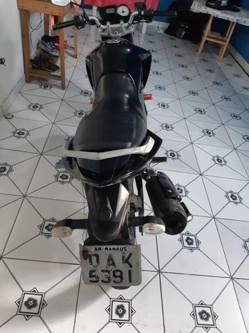 Vendo essa linda moto ,está em dias Pnel bom kit transmissão trocado óleo filtros está top - Foto 6
