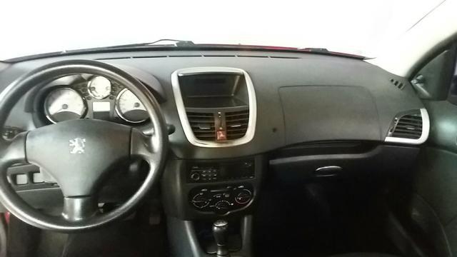 Peugeot 207 XR 1.4 8V 2013 VERMELHO - Foto 9