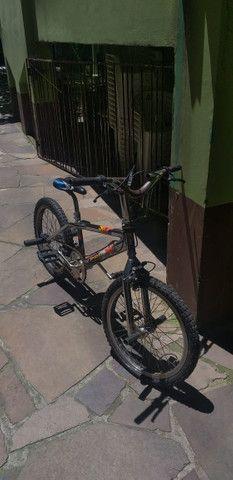 Bicicleta Pro X Cromada aro 20 usada - Foto 4