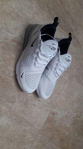 Tênis Nike Air Max 270-branco Original Tamanho 40 - Foto 4