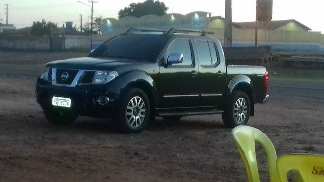 CAMIONETE FRONTIER 4X4