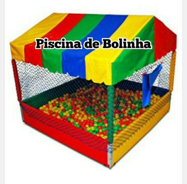 MESAS E CADEIRAS, TOALHAS, PULA PULA, GELEIRAS, CASA DE BOLINHAS... - Foto 3