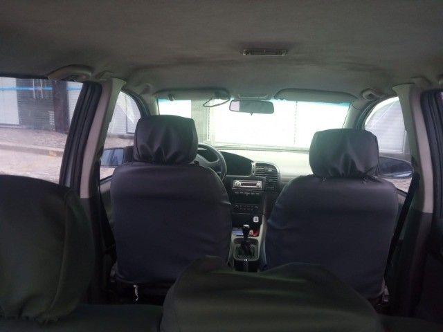 Vendo carro Zafira 7 lugares - Foto 13